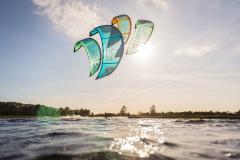 20200901_KiteFlyHigh_Drachenschule_Kiteschule_Kiten_Drachen_Lenkdrachen_München_Landkite_Neubiberg_Kurs_Schule_Kite-Fly-High_Shop_Flysurfer-Boost_Tube-Kite_1