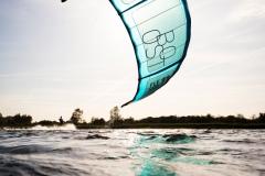 20200901_KiteFlyHigh_Drachenschule_Kiteschule_Kiten_Drachen_Lenkdrachen_München_Landkite_Neubiberg_Kurs_Schule_Kite-Fly-High_Shop_Flysurfer-Boost_Tube-Kite_11