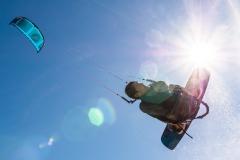 20200901_KiteFlyHigh_Drachenschule_Kiteschule_Kiten_Drachen_Lenkdrachen_München_Landkite_Neubiberg_Kurs_Schule_Kite-Fly-High_Shop_Flysurfer-Boost_Tube-Kite_12