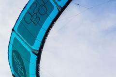20200901_KiteFlyHigh_Drachenschule_Kiteschule_Kiten_Drachen_Lenkdrachen_München_Landkite_Neubiberg_Kurs_Schule_Kite-Fly-High_Shop_Flysurfer-Boost_Tube-Kite_9